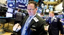 Wall Street cierra mixto con alza de tecnológicas y menor temor al virus chino