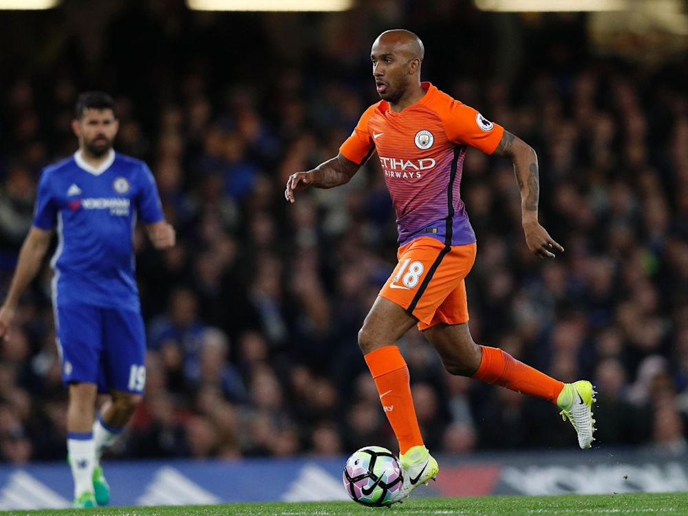 Fabian Delph desperate to stay at Manchester City 'with the best management team in the world'