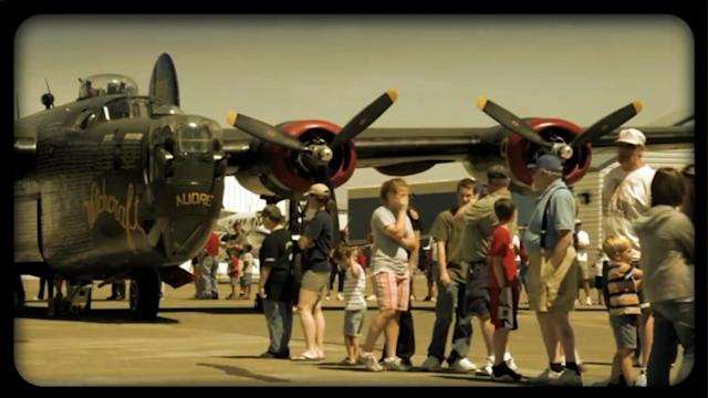 Airport exhibit brings WWII planes to Wheeling