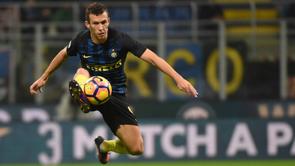 Lovren attempts to sweet talk Perisic into favouring Liverpool over Man Utd