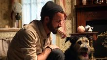 Justin Theroux Poses with Adorable, Rescued 'Lady and The Tramp' Star