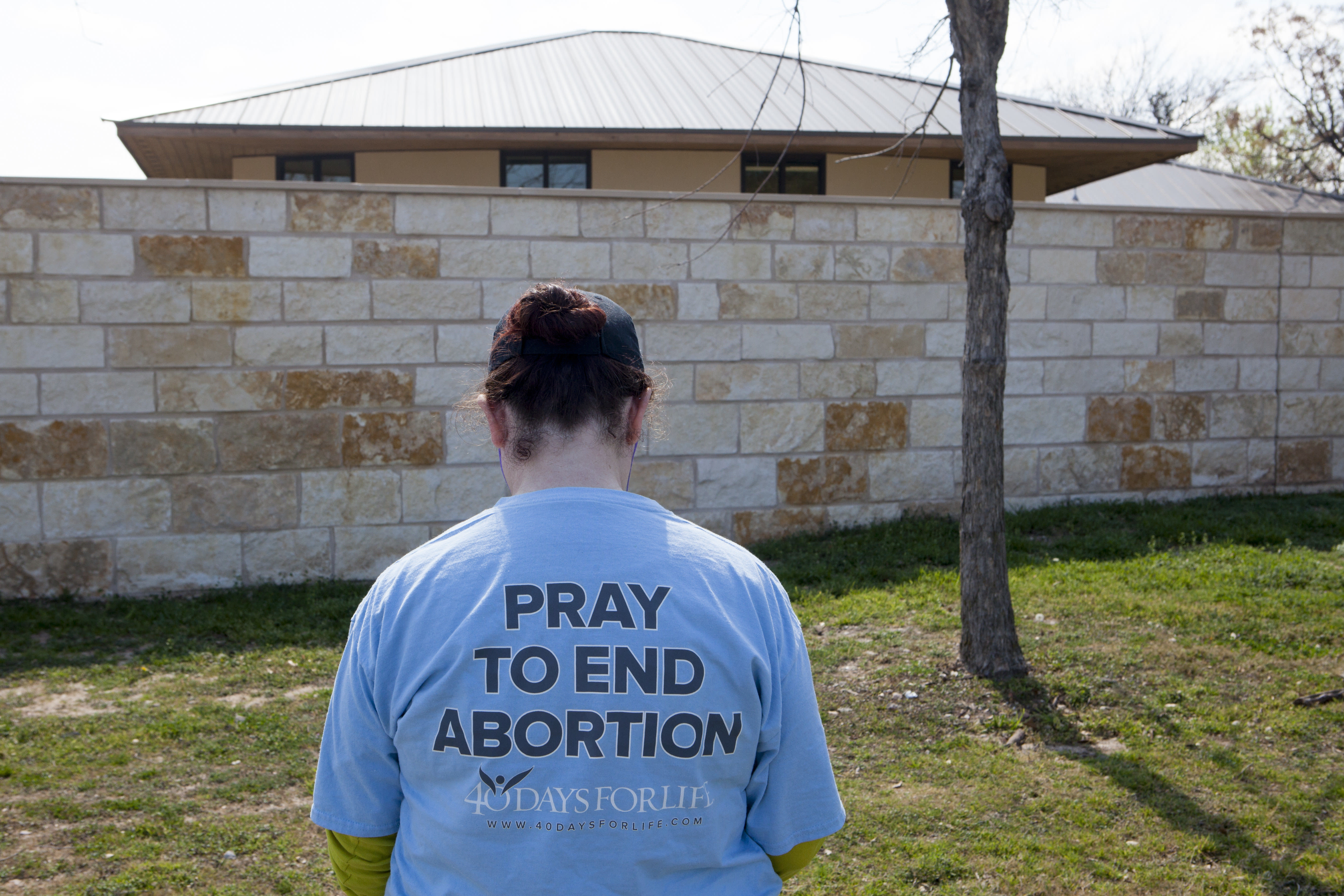Teen Abortions Surged In Texas After Republicans Defunded Planned Parenthood