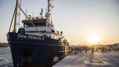 Migranti, Commissione Schengen a Lampedusa: qui per ascoltare