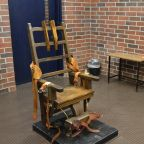 2 South Carolina executions halted until firing squad formed