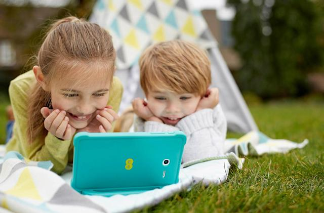 EE updates its £130 Robin tablet for kids ahead of Christmas