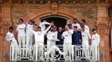 Essex win Bob Willis Trophy after holding on to deny Somerset once again
