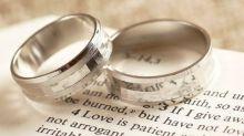 浪漫滿瀉!結婚戒指鑲嵌兩人最甜蜜愛情