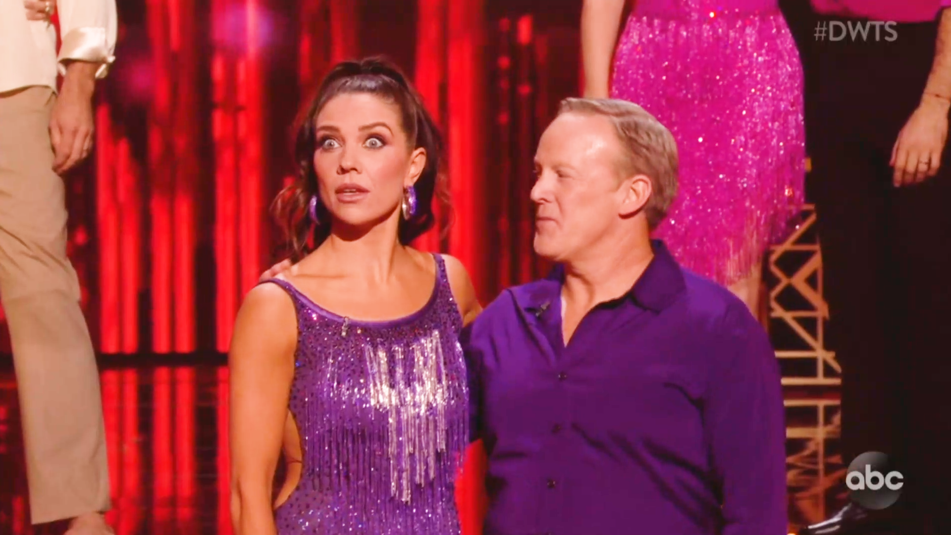 Sean Spicer's success on 'DWTS' is frustrating judges and viewers - Yahoo Entertainment