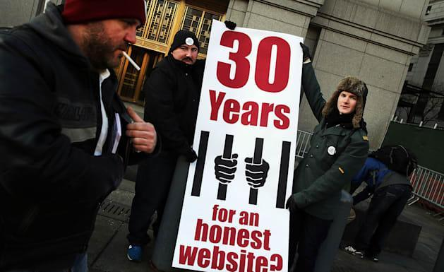 Silk Road creator could spend decades behind bars