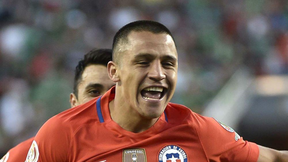 Sanchez and Vidal headline Chile's initial Confederations Cup squad