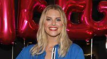 Ärger um Curvy-Kollektion bei Aldi: Model Angelina Kirsch entschuldigt sich