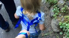 Dad's post defends decision to put his daughter on a leash