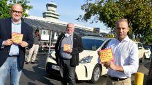 Laderecht: Streit um Zugang zum BER: Fast Tausend Taxis stillgelegt