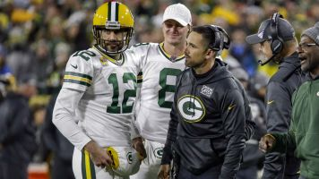 Follow live: Packers, Lions putting on a show