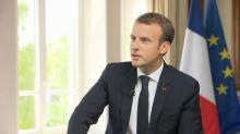 """Macron sur BFMTV: """"Je ne préside pas à la lumière des sondages ou des manifestations"""""""