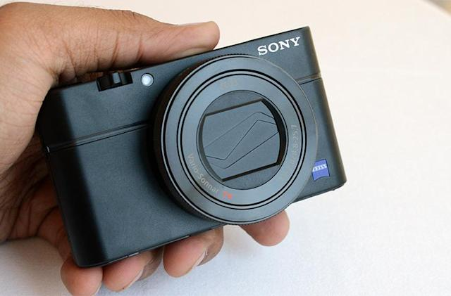 Sony's new point-and-shoot is the point-and-shoot to end all point-and-shoots
