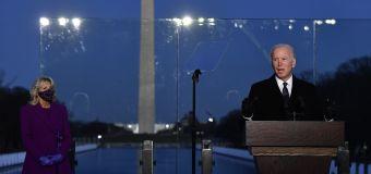 Biden leads COVID-19 memorial service