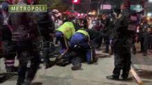 Policía de la CDMX impide a joven quitarse la vida