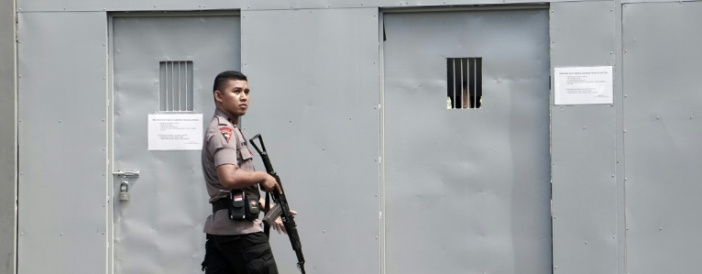 Pressure mounts on Indonesia to call off firing squad executions
