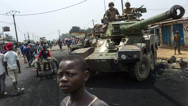 Photos of the Day – French Troops in Bangui