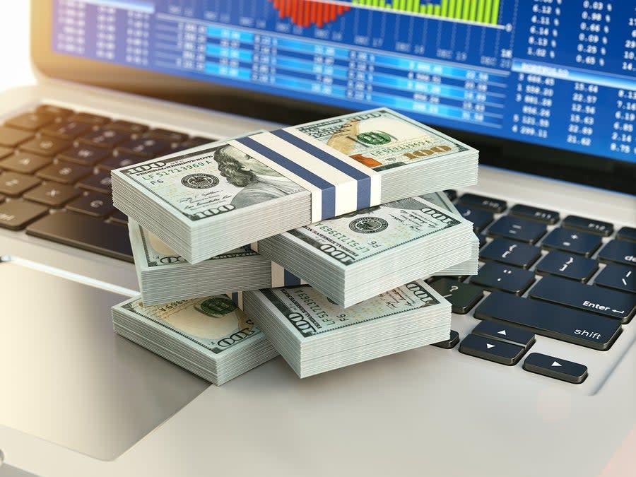 Apple (AAPL) Down 11.7% Since Last Earnings Report: Can It Rebound? - Yahoo Finance