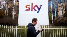 Comcast Formalizes Bid for Sky in Challenge to Murdoch's Fox