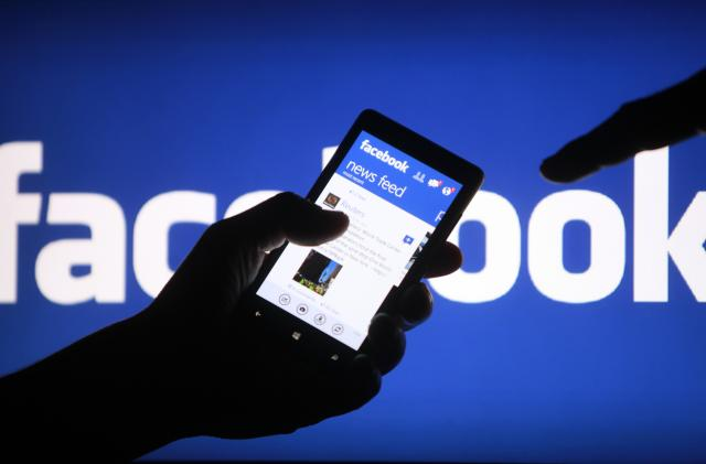 Facebook experiments with reducing News Feed political content for some
