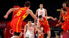 Olympics-Basketball-Spain coach furious over 'dangerous' wait for dressing room