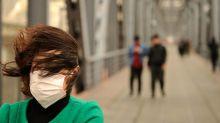 Fumar o respirar aire contaminado, ¿qué es peor?