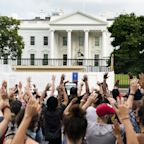 George Floyd protests: Violent clashes outside White House as hundreds voice anger at police killing