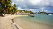 Guadeloupe : les fêtes grand public interdites, accès aux plages réglementées