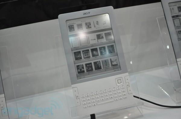 Acer LumiRead L600 shows up under glass at Computex