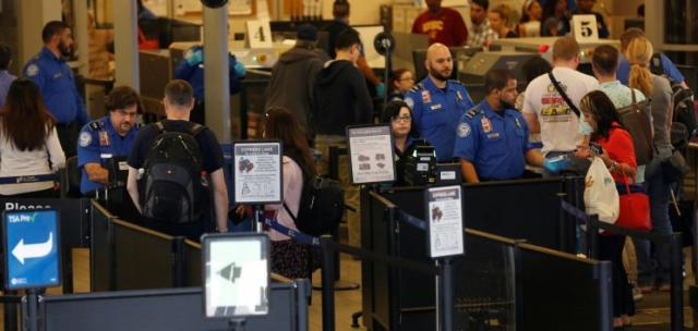 U.S. on high alert this July 4th weekend airport security to bulk up after Istanbul attacks B380841a7c41b7dedff786587d4c5f15