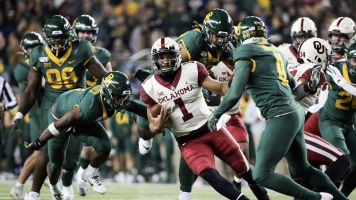 Comeback vaults Oklahoma to No. 8 in AP Top 25