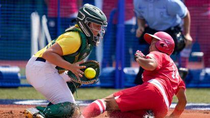 Japan defeats Australia in women's softball as Tokyo Olympics begin