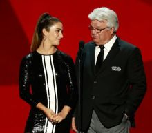 Marcel Dionne praises Aly Raisman's legs, creeps out NHL Awards (Video)