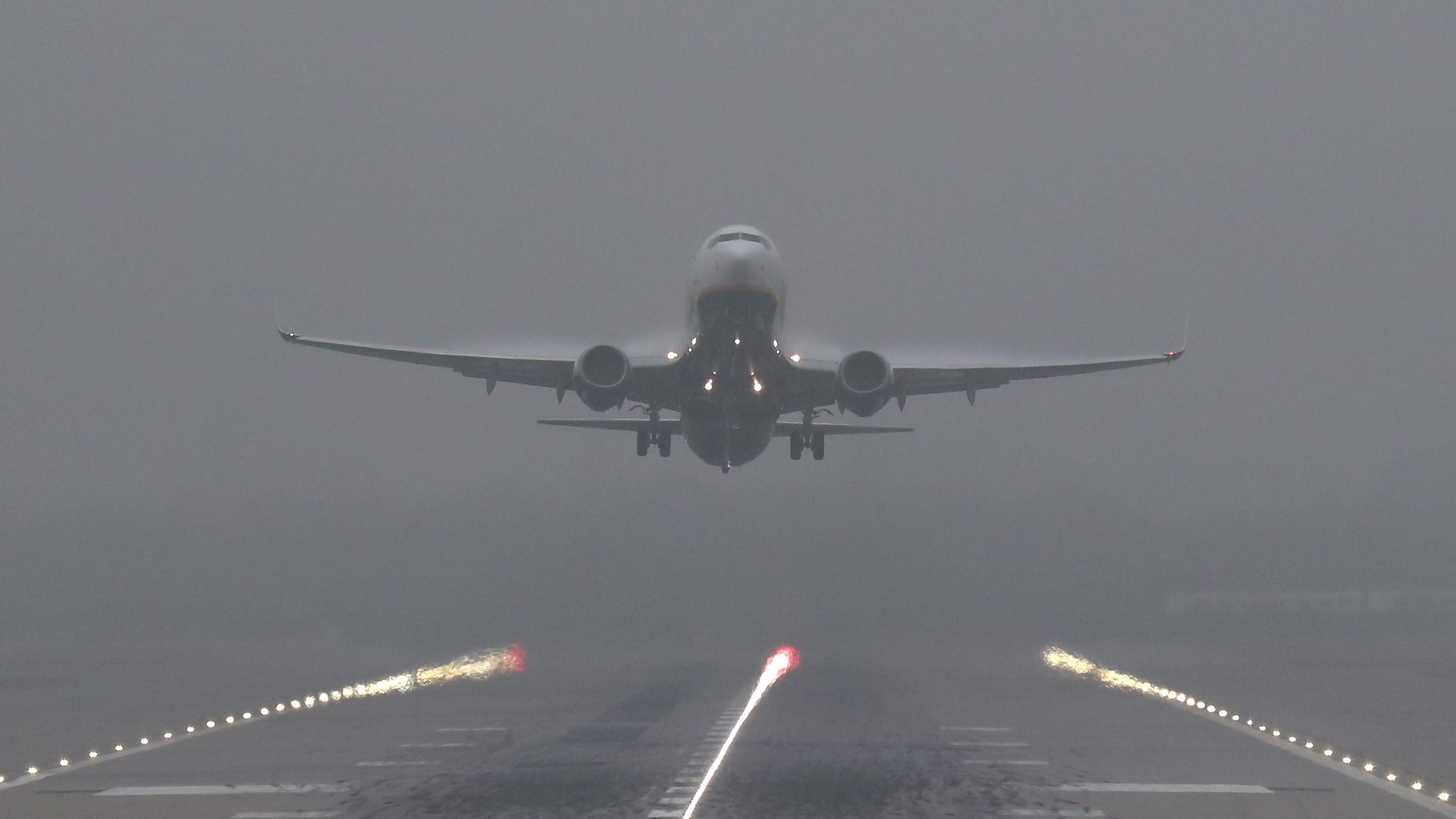 фото самолет и туман фишер знаменитая бразильская