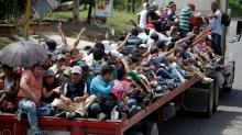 Why Mexico should try to break up the migrant caravan