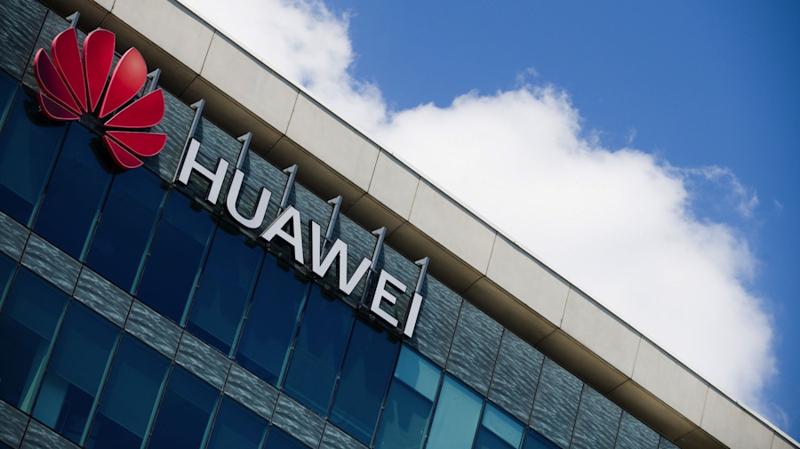 U.S.'s War on Huawei Begins to Turn After Rough Year for Europe