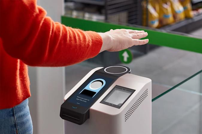Amazon One palm reader for payments