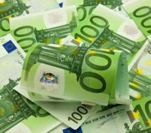 EUR/USD Price Forecast – Euro Reaches Towards 200 EMA