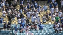 Plaschke: Special moment as fans welcome champion Dodgers home for first time in 548 days