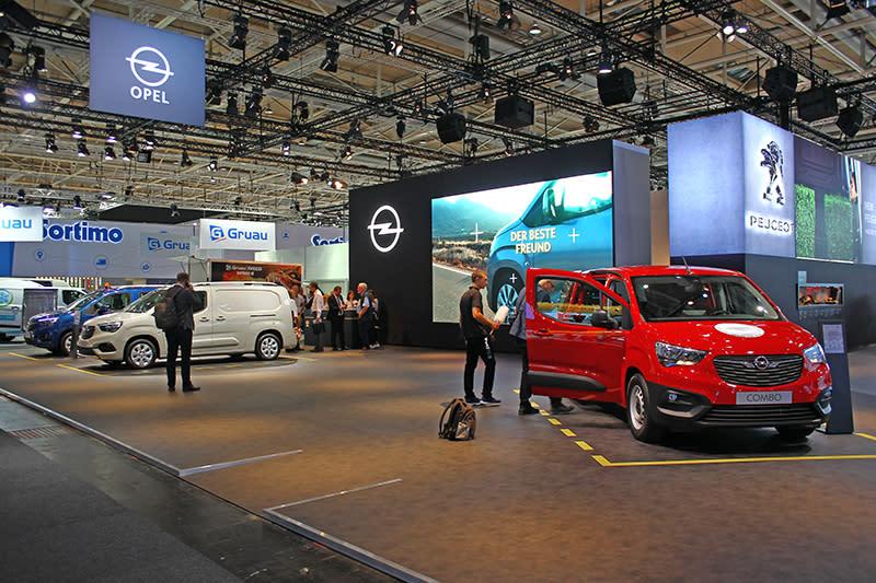 同樣隸屬PSA的Opel,也以EMP2平台推出商旅車Combo。