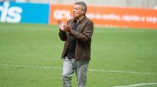 Após clássico, torcedores do Fla divergem sobre 'culpa' de Domènec no desempenho da equipe
