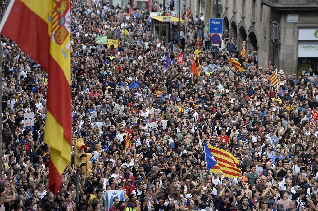 An estimated 300,000 people took to the streets in Catalonia (AFP Photo/Josep LAGO)