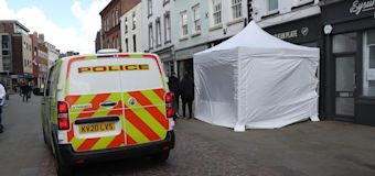 Police continue to search cafe for Fred West 'victim'