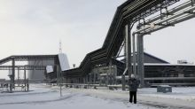 Russia's Transneft rebukes Rosneft over tainted oil crisis