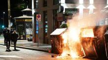 Italie: affrontements à Rome entre manifestants d'extrême droite anti couvre-feu et la police