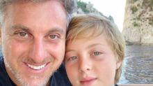 Benício, filho do meio de Luciano Huck e Angélica, sofre grave acidente e é operado
