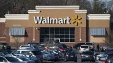 Walmart throws parties to lure holiday shoppers away from Amazon